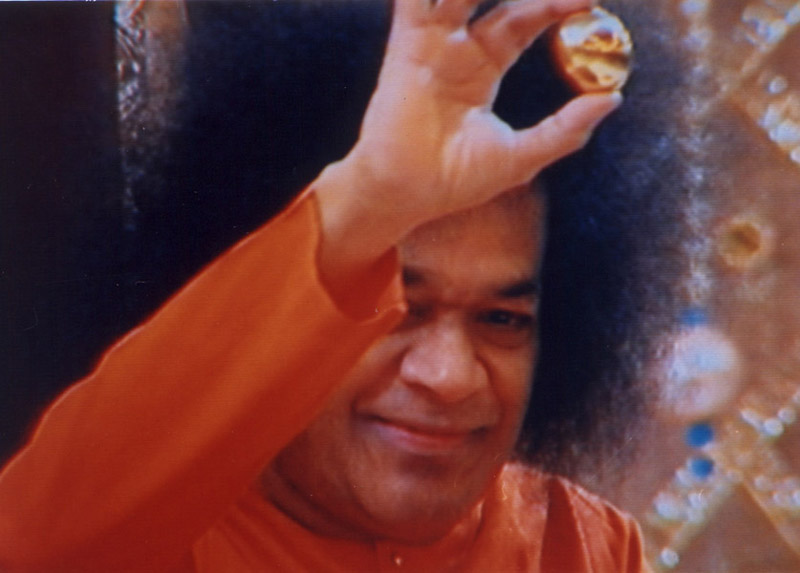 After many long years, Bhagavan again materialized a <b>Siva Lingam</b> named ... - shiva6